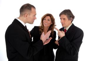 Die Rechtsanwaltsfachangestellte pflegt auch Kontakt zu den Mandanten