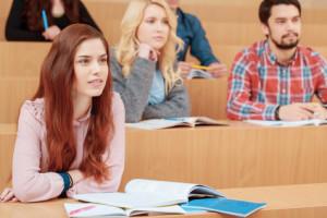Nicht nur Studenten erhalten BAföG: Auch Ausbildung und Praktika können finanziert werden.