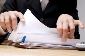 Das Berichtsheft muss vom Ausbilder sowie von der Berufsschule unterschrieben werden.