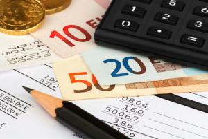 Rechtsanwalts- und Notarfachangestellte/r - Das Gehalt ist in der Ausbildung durch die Empfehlungen der Rechtsanwaltskammern geregelt.